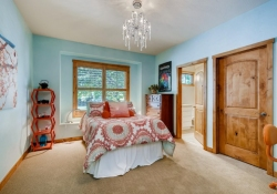 5910-S-Ogden-Ct-Centennial-CO-large-020-020-Bedroom-1500x1000-72dpi