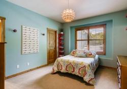 5910-S-Ogden-Ct-Centennial-CO-large-023-040-Bedroom-1500x1000-72dpi