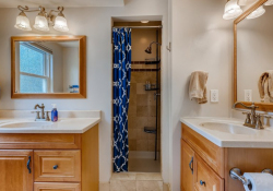 32-2nd-Floor-Primary-Bathroom