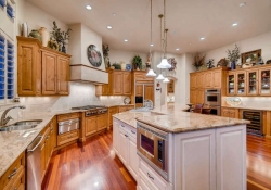 641_Ruby_Trust_Way_Castle_Rock-small-014-72-Kitchen-666x444-72dpi