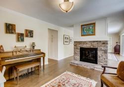 75-Fairway-Ln-Littleton-CO-large-005-003-Living-Room-1500x1000-72dpi