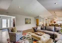 75-Fairway-Ln-Littleton-CO-large-014-017-Family-Room-1500x1000-72dpi