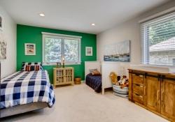 75-Fairway-Ln-Littleton-CO-large-024-016-Bedroom-1500x1000-72dpi