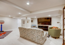 75-Fairway-Ln-Littleton-CO-large-035-028-Lower-Level-Recreation-Room-1500x1000-72dpi