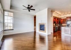 7865 Villagio Lane Unit 402-small-003-2-Living Room-666x444-72dpi