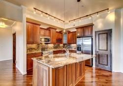 7865 Villagio Lane Unit 402-small-009-28-Kitchen-666x444-72dpi