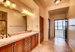 7865 Villagio Lane Unit 402-small-018-14-Master Bathroom-666x444-72dpi