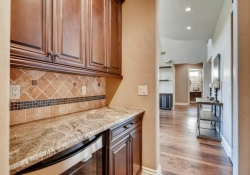 8023-S-Valleyhead-Way-Aurora-large-009-007-Butlers-Pantry-1500x1000-72dpi