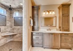 8023-S-Valleyhead-Way-Aurora-large-017-016-2nd-Floor-Master-Bathroom-1500x1000-72dpi