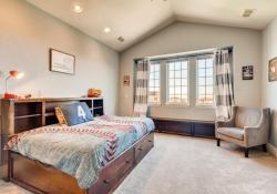 8023-S-Valleyhead-Way-Aurora-large-020-015-2nd-Floor-Bedroom-1500x1000-72dpi