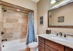 8023-S-Valleyhead-Way-Aurora-large-024-018-2nd-Floor-Bathroom-1500x1000-72dpi