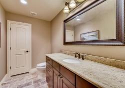 8023-S-Valleyhead-Way-Aurora-large-030-020-Lower-Level-Bathroom-1500x1000-72dpi
