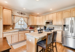 8368-Briar-Trace-Castle-Rock-large-009-014-Kitchen-1500x1000-72dpi