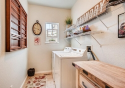 8368-Briar-Trace-Castle-Rock-large-024-017-Laundry-Room-1500x1000-72dpi