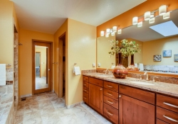 8505-E-Temple-Drive-Unit-506-large-015-014-2nd-Floor-Master-Bathroom-1500x1000-72dpi