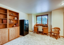 8505-E-Temple-Drive-Unit-506-large-017-027-2nd-Floor-Bedroom-1500x1000-72dpi