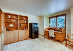 8505-E-Temple-Drive-Unit-506-large-018-026-2nd-Floor-Bedroom-1500x1000-72dpi