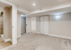31-Lower-Level-Bedroom