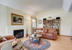 935-S-Fillmore-Way-Denver-CO-large-004-006-Living-Room-1500x1000-72dpi