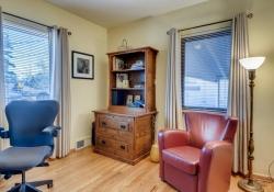 935-S-Fillmore-Way-Denver-CO-large-013-011-Bedroom-1500x1000-72dpi