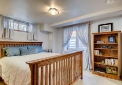 935-S-Fillmore-Way-Denver-CO-large-020-016-Lower-Level-Master-Bedroom-1500x1000-72dpi