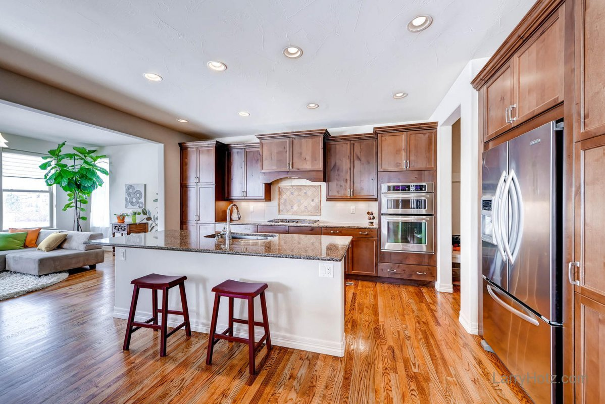 9497-vista-hill-lane-lone-tree-large-010-kitchen-1499x1000-72dpi