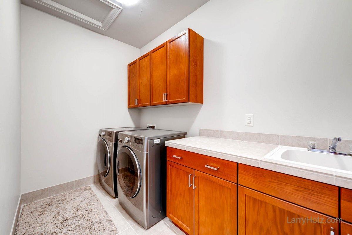 9497-vista-hill-lane-lone-tree-large-024-2nd-floor-laundry-room-1499x1000-72dpi