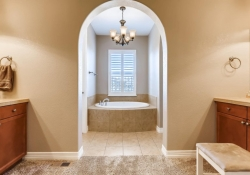 9740 Sunset Hill Circle Lone-large-014-16-2nd Floor Master Bathroom-1500x1000-72dpi