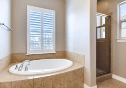 9740 Sunset Hill Circle Lone-large-015-14-2nd Floor Master Bathroom-1500x1000-72dpi