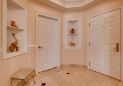1827-Grant-St-Unit-602-Denver-large-003-1-Foyer-1500x1000-72dpi