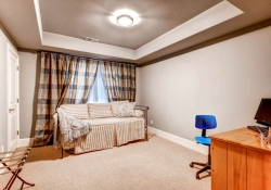 7685-e-4th-ave-denver-co-80230-small-024-lower-level-bedroom-666x444-72dpi