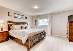 5832 S Orleans Way Centennial-large-013-12-Master Bedroom-1500x1000-72dpi
