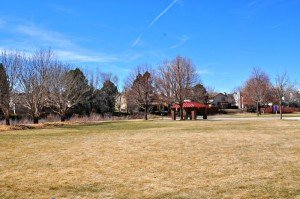 Parks in Aurora, Colorado offer plenty of open space for would-be real estate buyers.