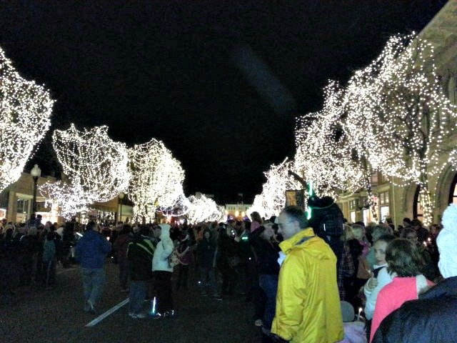 Denver's suburban community of Littleton will host the Annual Candlelight Walk and Tree Lighting Ceremony.
