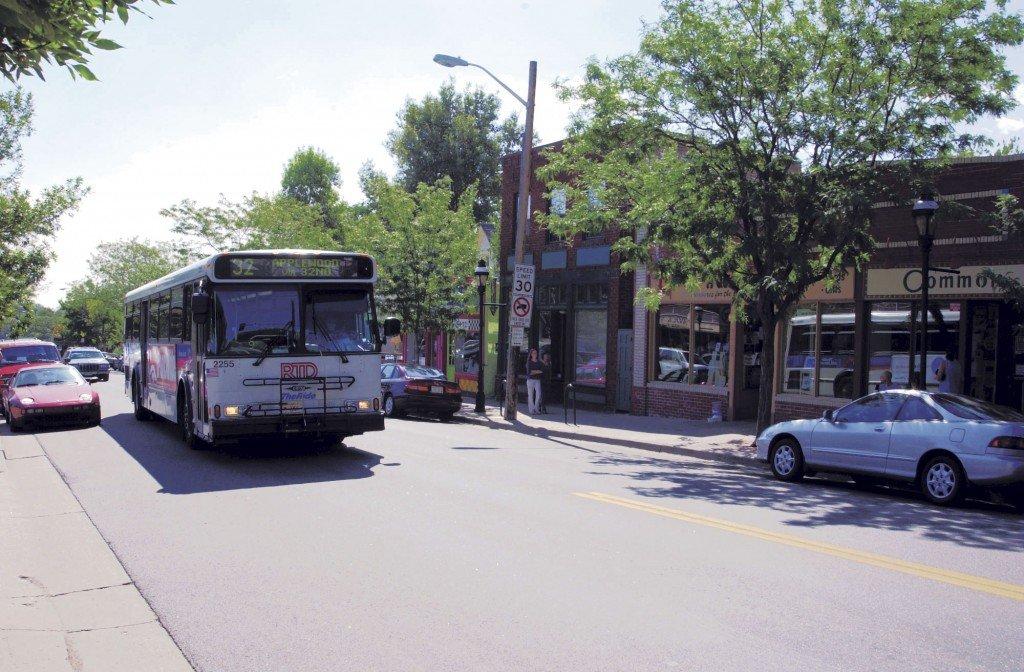 Highlands Bus