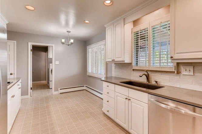 Southern Hills kitchen
