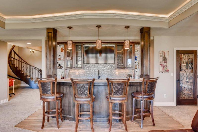 Blackstone Country Club home bar