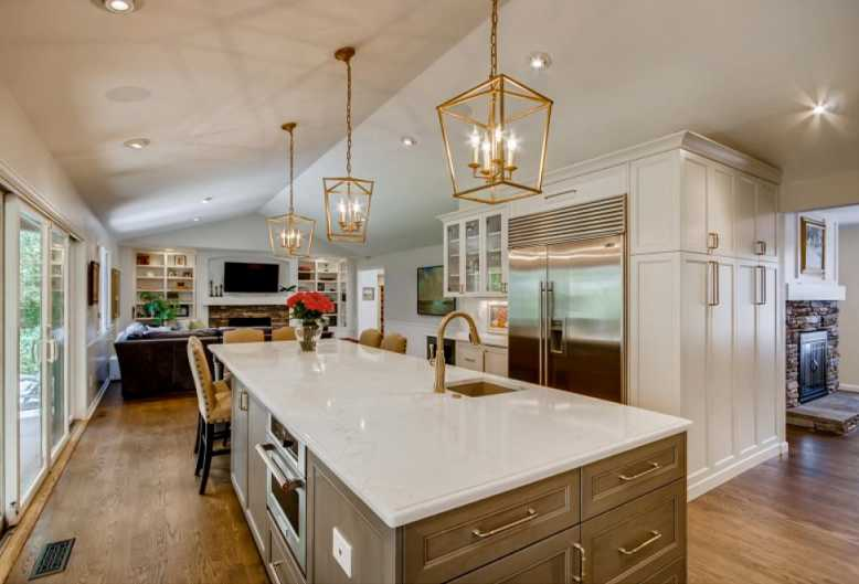 Exceptional, renovated kitchen in Burning Tree